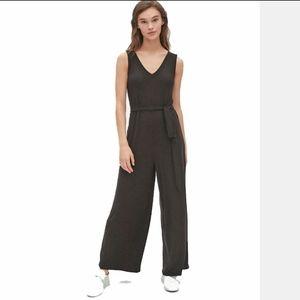 Gap V Neck Belt Tie Black Wide Legs Jumpsuit, M